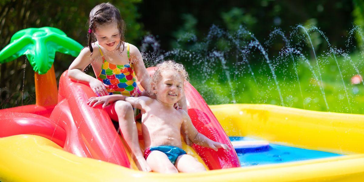 Baby Planschbecken, der fröhliche Wasserspaß im Sommer
