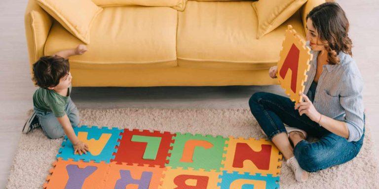 Puzzlematten sind bereits für kleine Kinder ein toller Spielteppich