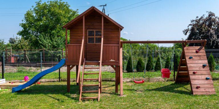 Einen Spielturm selber bauen zur Freude der Kinder