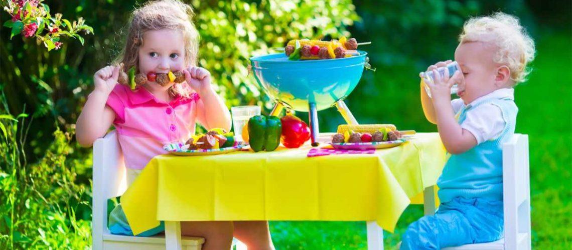 Mit einem Kindergrill machen auch die kleinen Ihre BBQ Party